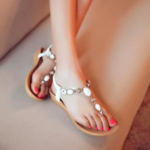 Pour pied feminin