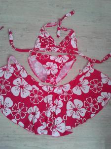 Bikini et paréo rose/blanc+ photos porté+envois