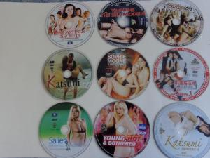 DVD POUR ADULTES AU  CHOIX  ,  2